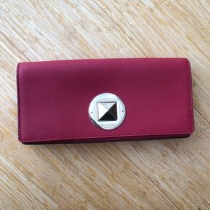 Kate Spade New York Leather Clutch Wallet in Red